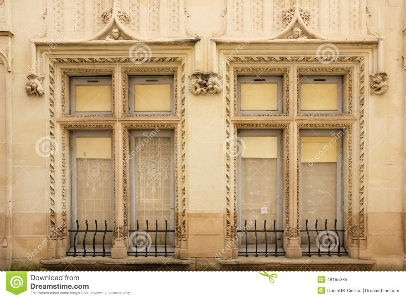 Decorated twin windows. Chinon. France