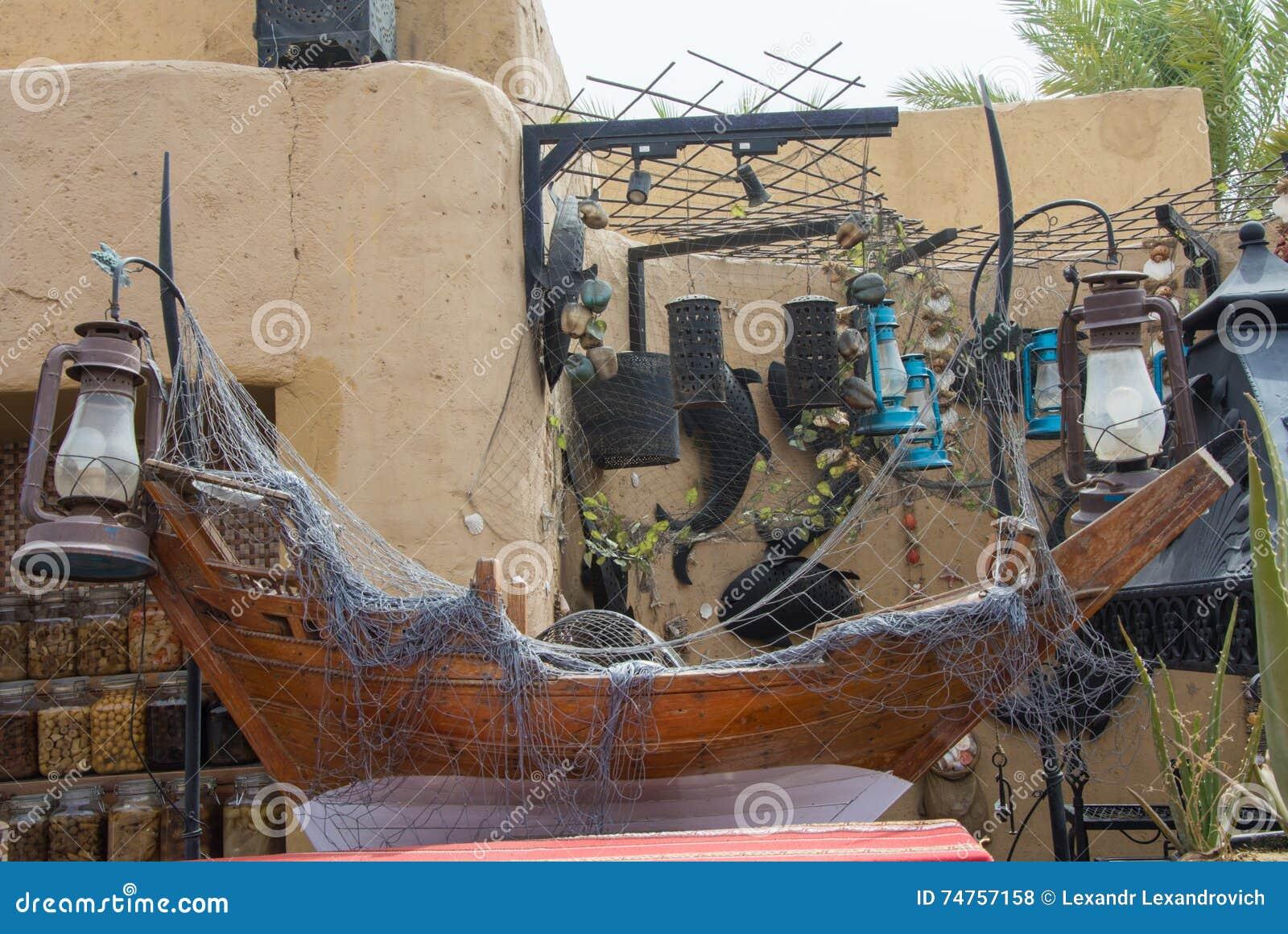 Decoratie in het arabische restaurant stock foto afbeelding