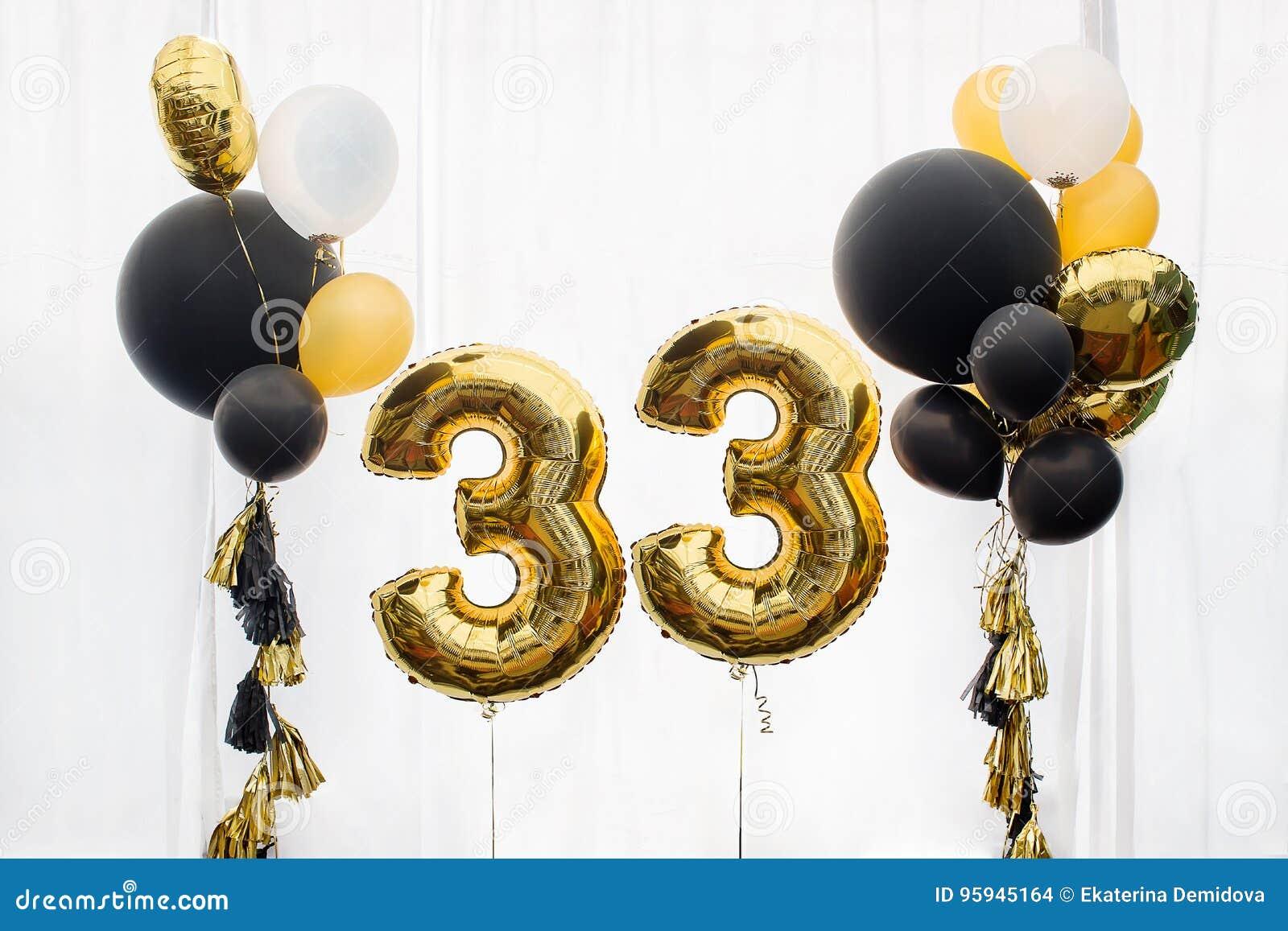 Decoratie 33 jaar verjaardags verjaardag stock foto for Decoratie verjaardag