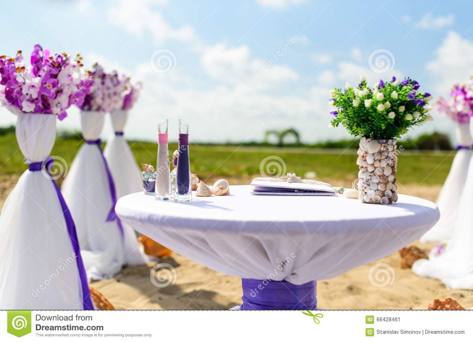 Decoratie voor huwelijken op de oceaan stock foto afbeelding 66428461 - Decoratie voor wijnkelder ...
