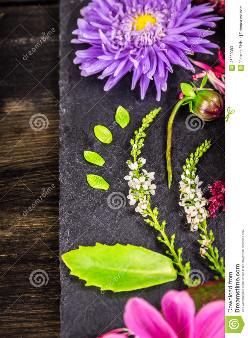 Decoration of autumn flowers on dark table floral for Autumn flower decoration