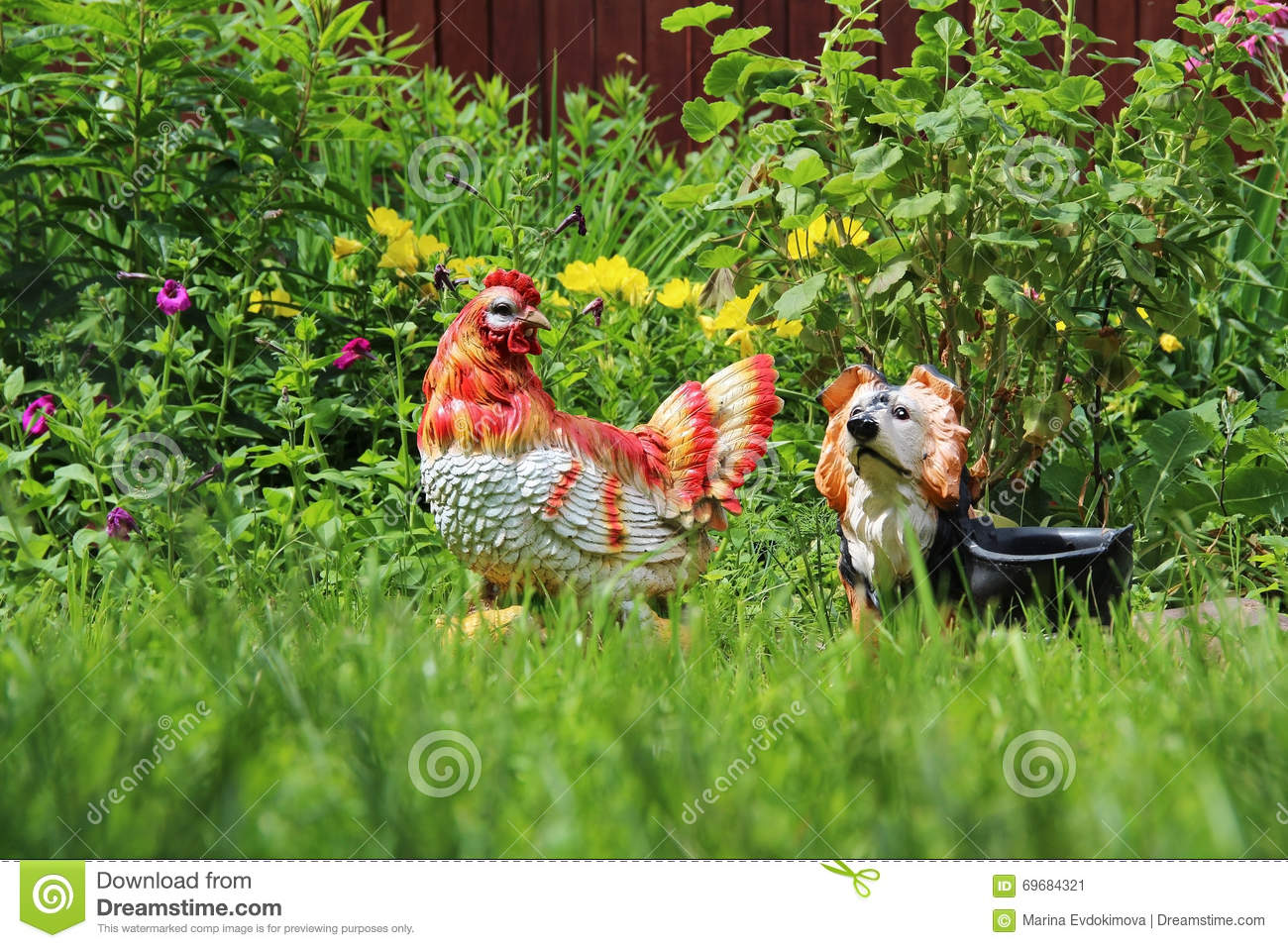 Decoration Flower Bed Garden Figurines Chicken And Dog Stock