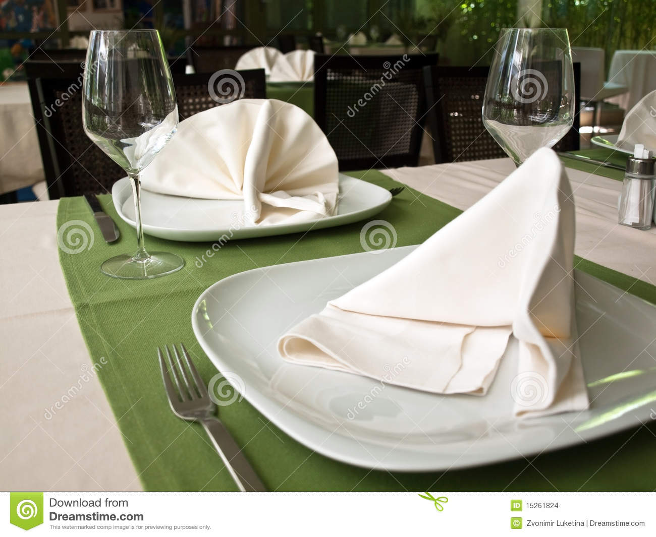 Decoration of restaurant table stock photo image 15261824 - Decoration table restaurant gastronomique ...