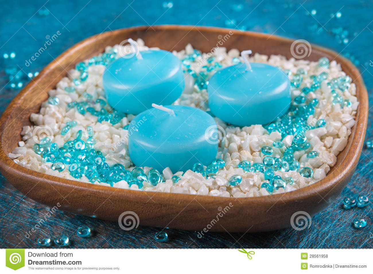 #0996B6 Decoration Of Turquoise Candles And White Sand Royalty  6095 decoration de noel turquoise 1300x957 px @ aertt.com