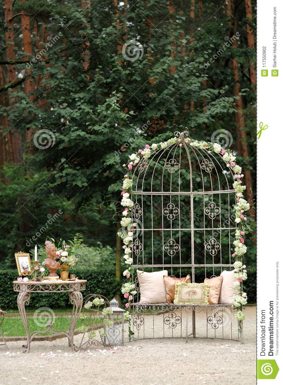 Decorations For The Wedding Ceremony Flowers Weddig Arch Stock Photo
