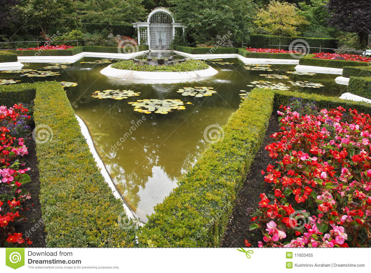Decorative Pond With A Fountain Royalty Free Stock Photo