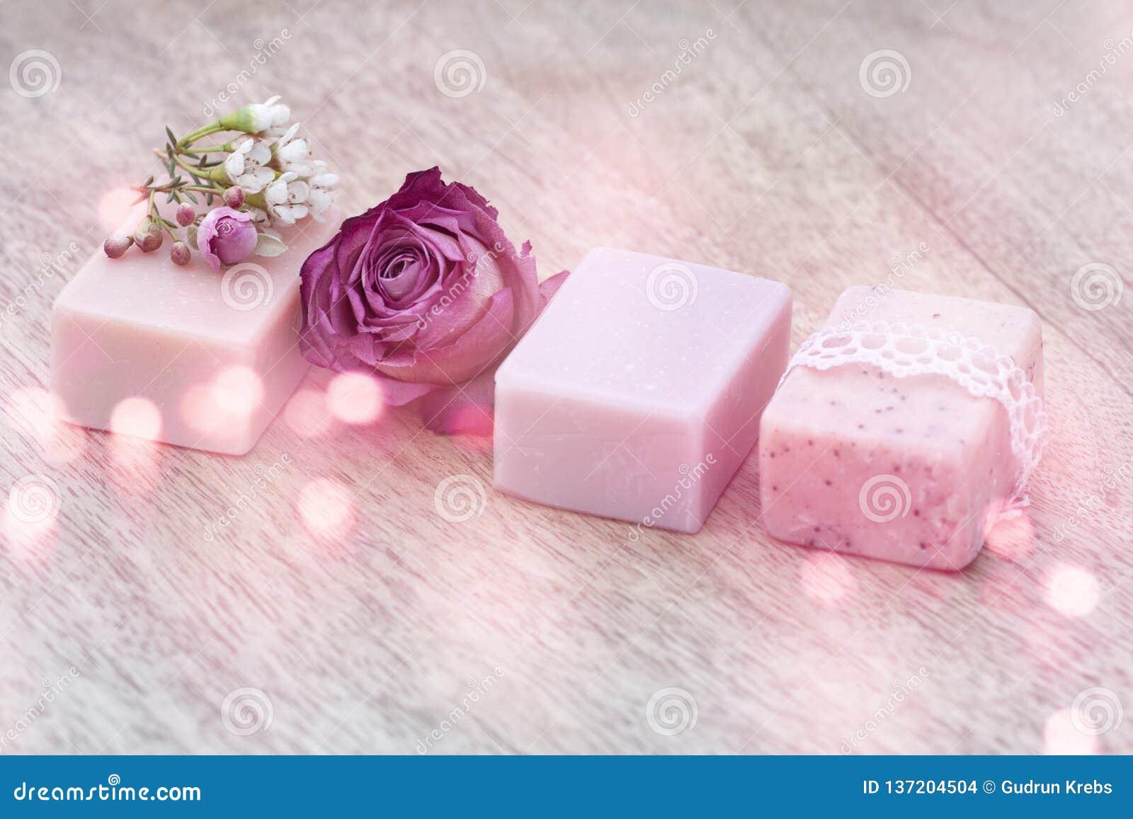Decorazione con sapone naturale