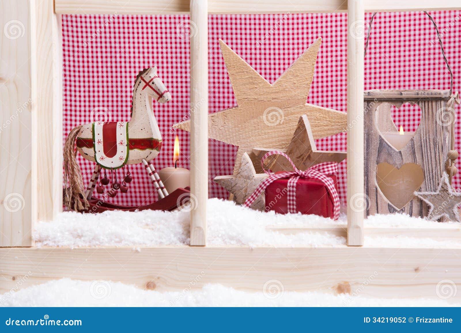 Decorazione dell 39 interno di natale del davanzale della finestra cavalli a dondoli stelle l - Davanzale finestra interno ...