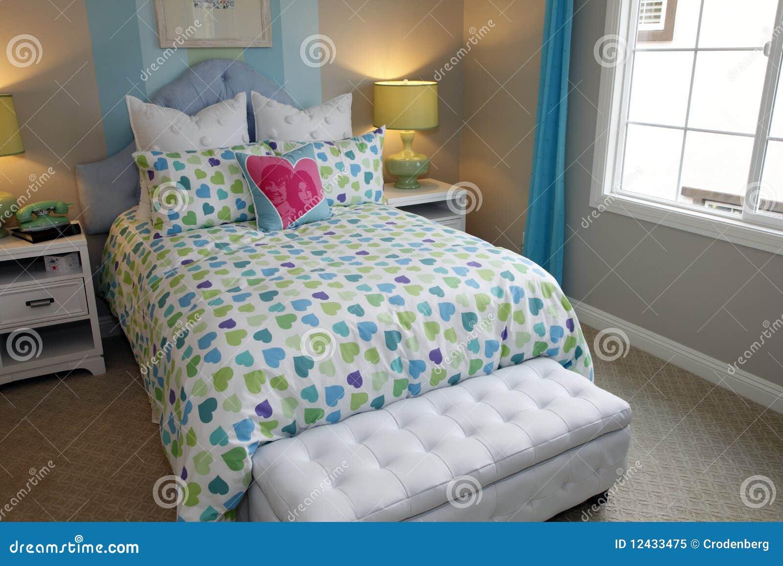 Decorazioni Camere Da Letto : Decorazione della camera da letto giovanile immagine stock