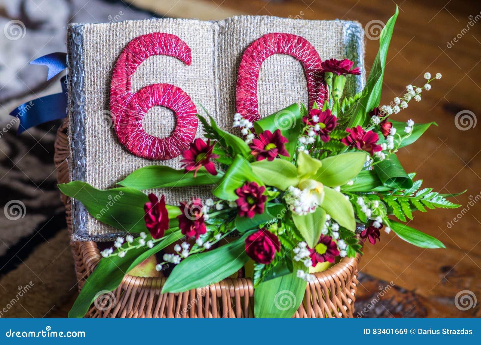 Fiori 60 Anni.Decorazione Di Anniversario Di 60 Anni Immagine Stock Immagine