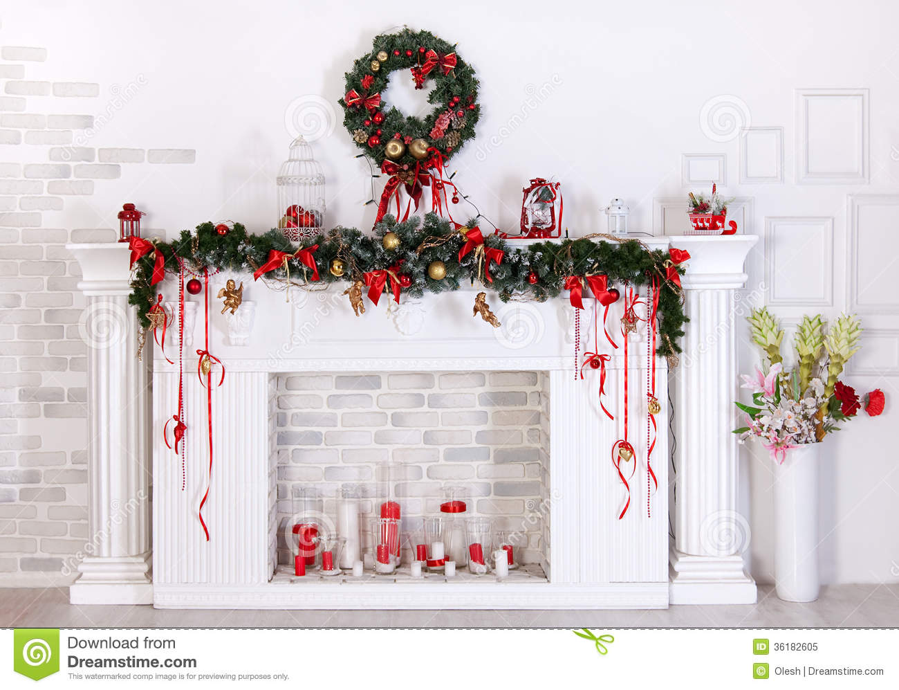 Decorazione di natale con il camino immagine stock for Decorazione be u