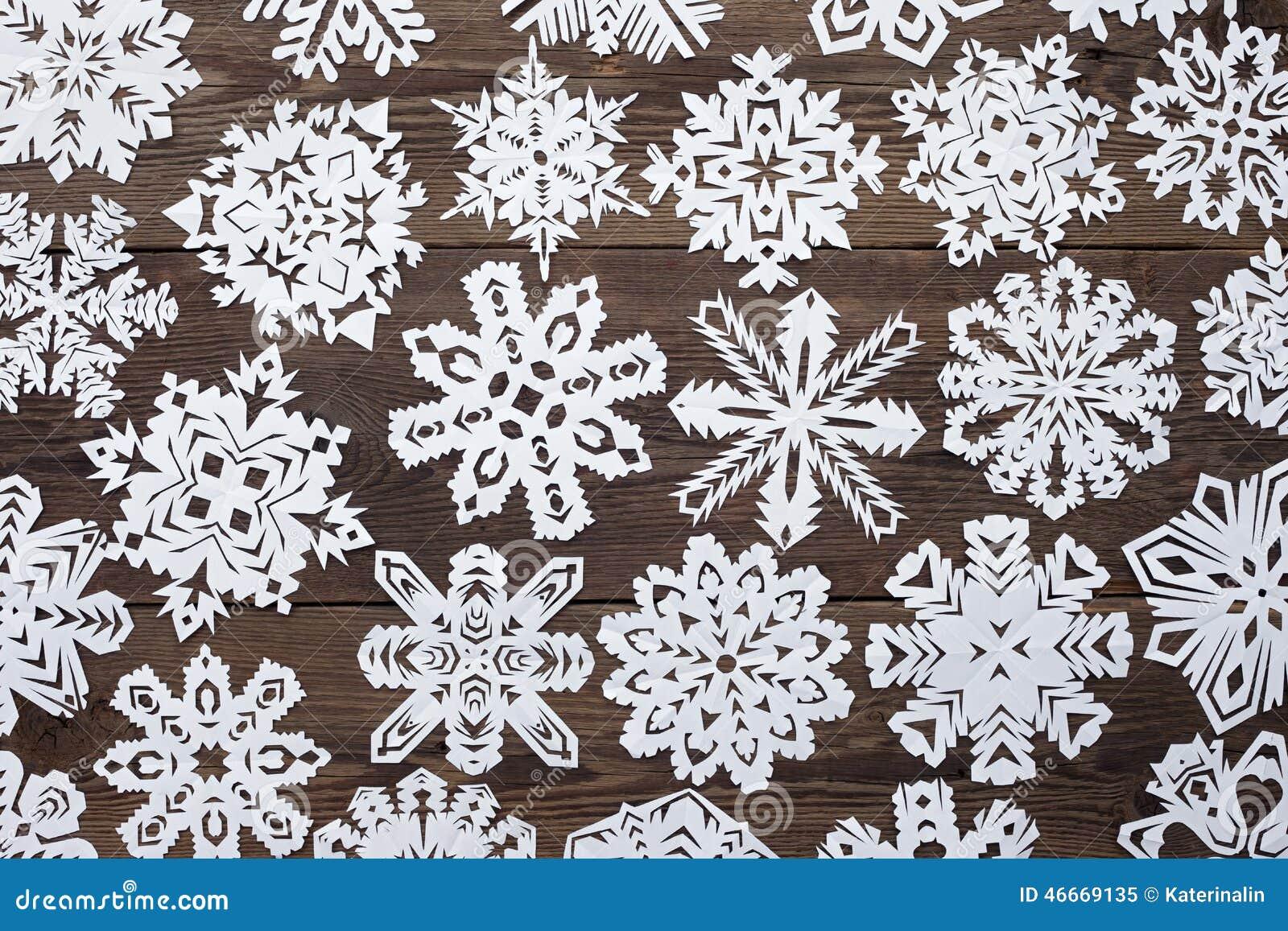 Fiocchi Di Neve Di Carta Modelli : Decorazione di natale con il fiocco di neve di carta immagine