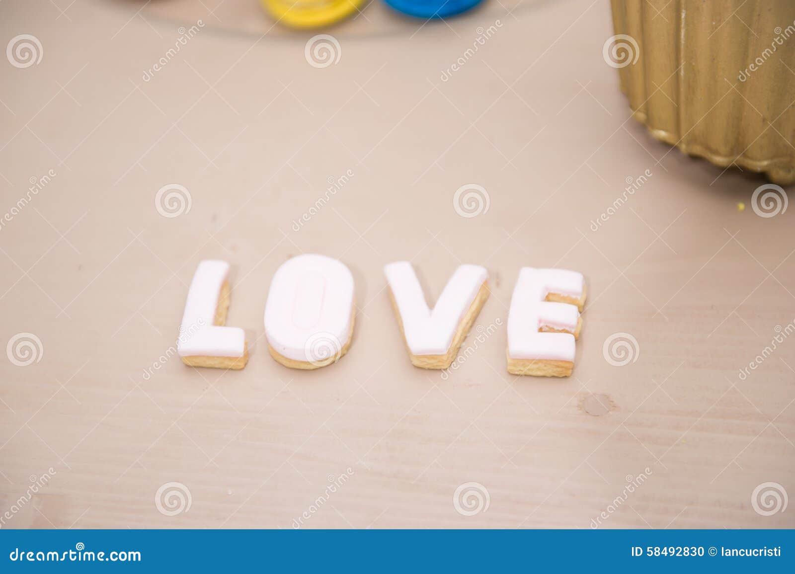 Decorazioni Lettere D Amore decorazione di nozze, lettere di amore sulla tavola