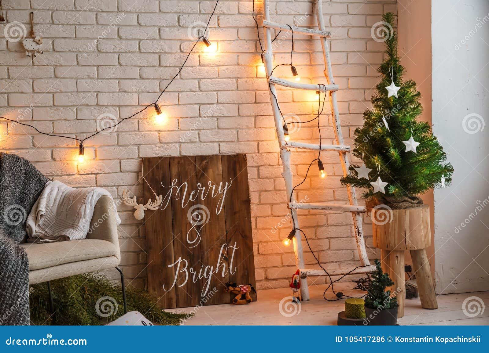 Decorazione Domestica Di Inverno Albero Di Natale Nell Interno Del