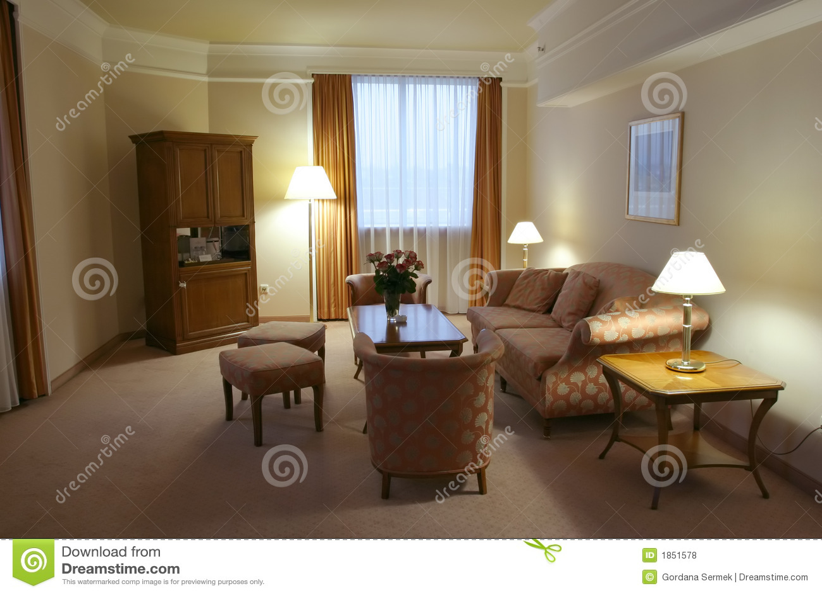 Decorazione moderna della camera da letto fotografia stock - Descrizione della camera da letto ...