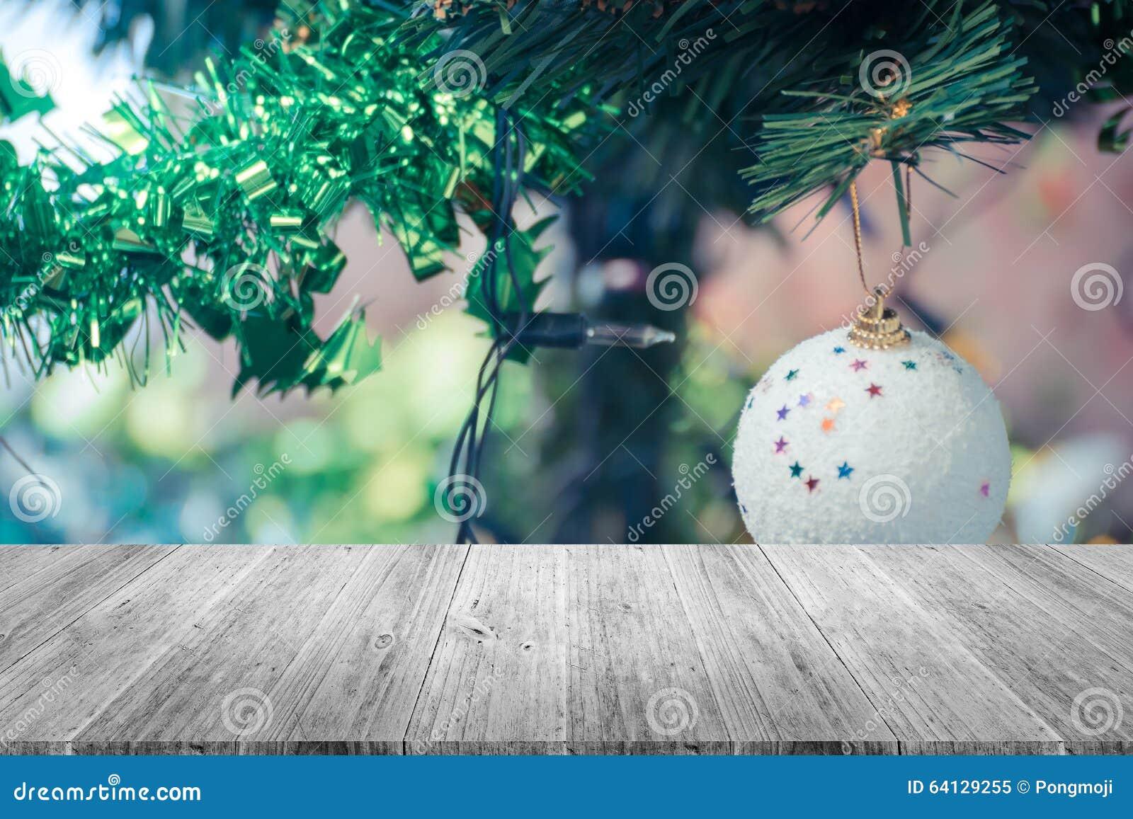 Decorazioni In Legno Per Albero Di Natale : Decorazione terrazzo e dell albero di natale di legno processo in