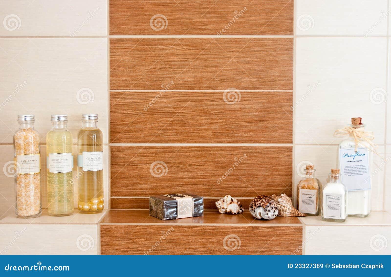 Decorazioni della stanza da bagno immagini stock libere da diritti immagine 23327389 - Decorazioni bagno ...