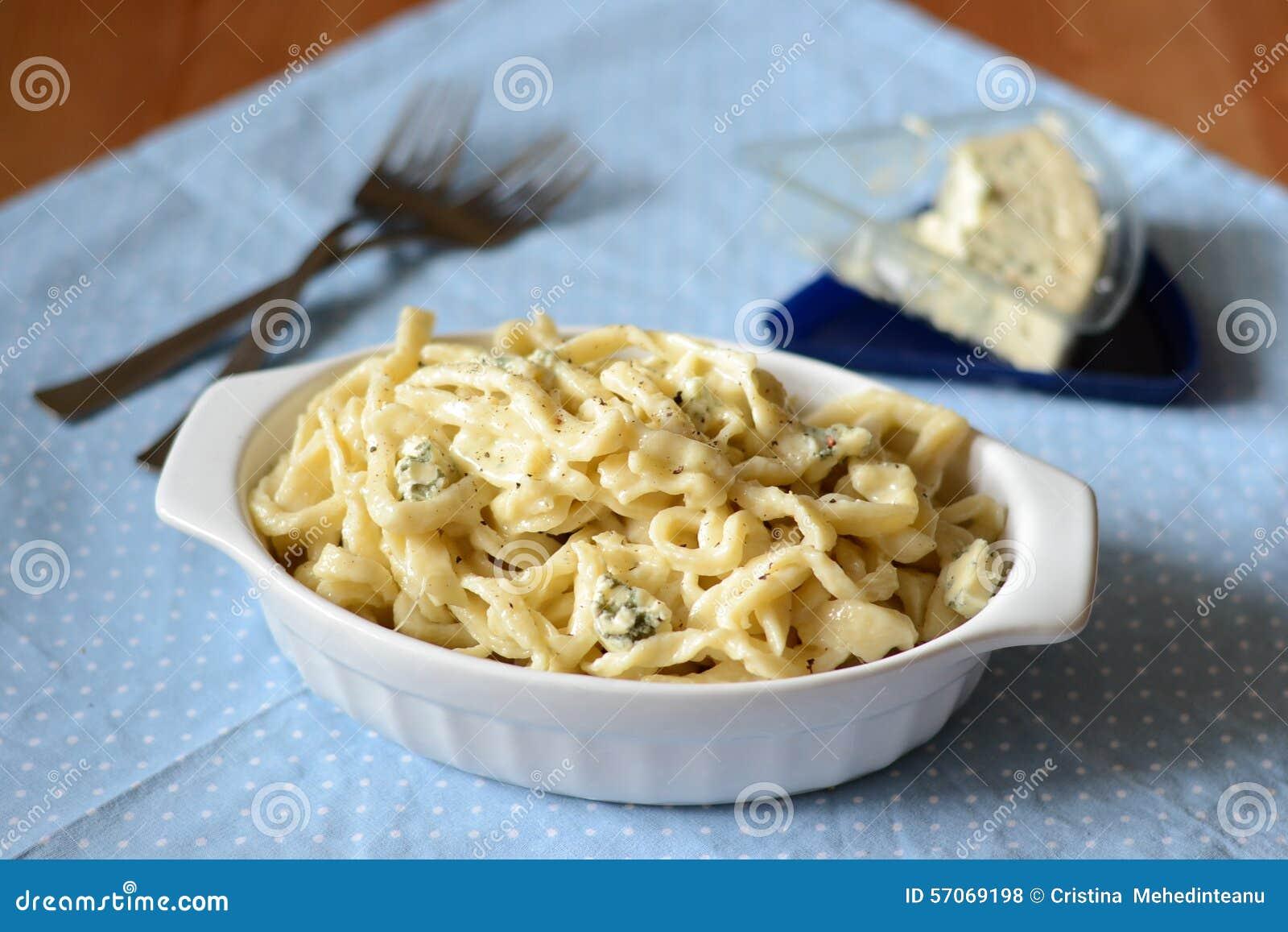 Deegwaren met kaas