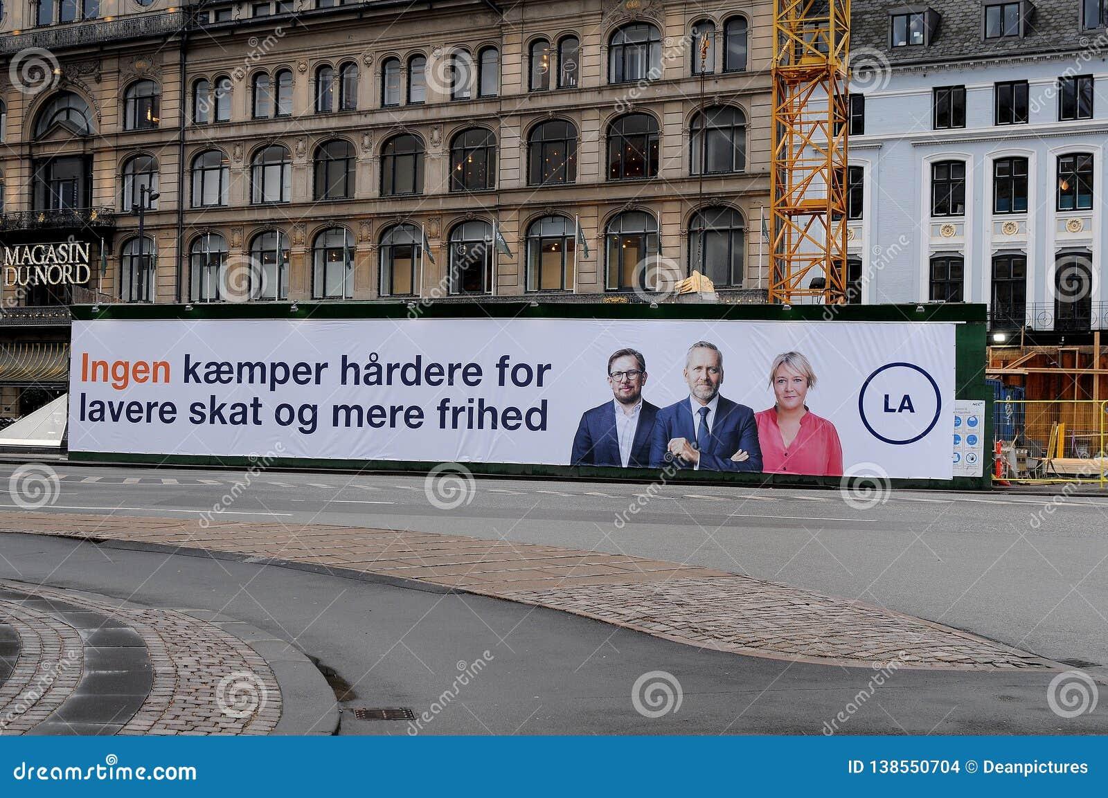 Deense liberale alianceverkiezing baner in hart van Kopenhagen