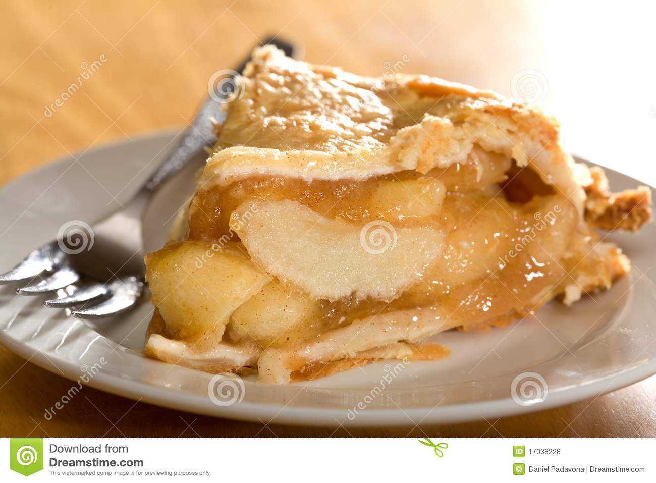 Deep Dish Apple Pie Royalty Free Stock Photos - Image: 17038228