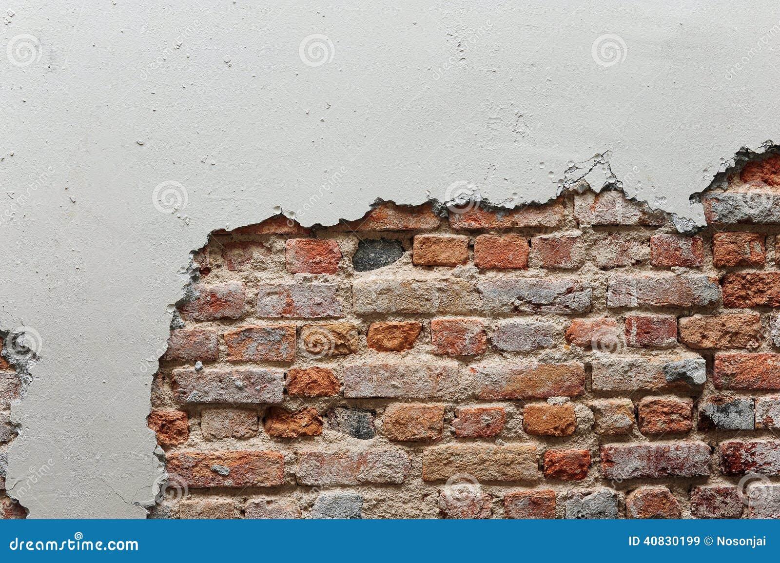 defekte wand mit rotem backstein stockbild bild von ziegelstein geb ude 40830199. Black Bedroom Furniture Sets. Home Design Ideas