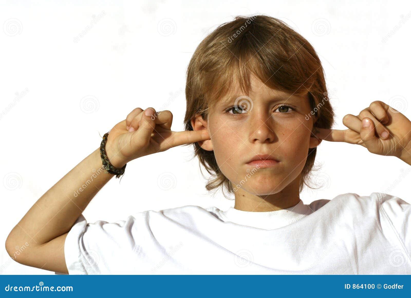defiant child fingers in ear