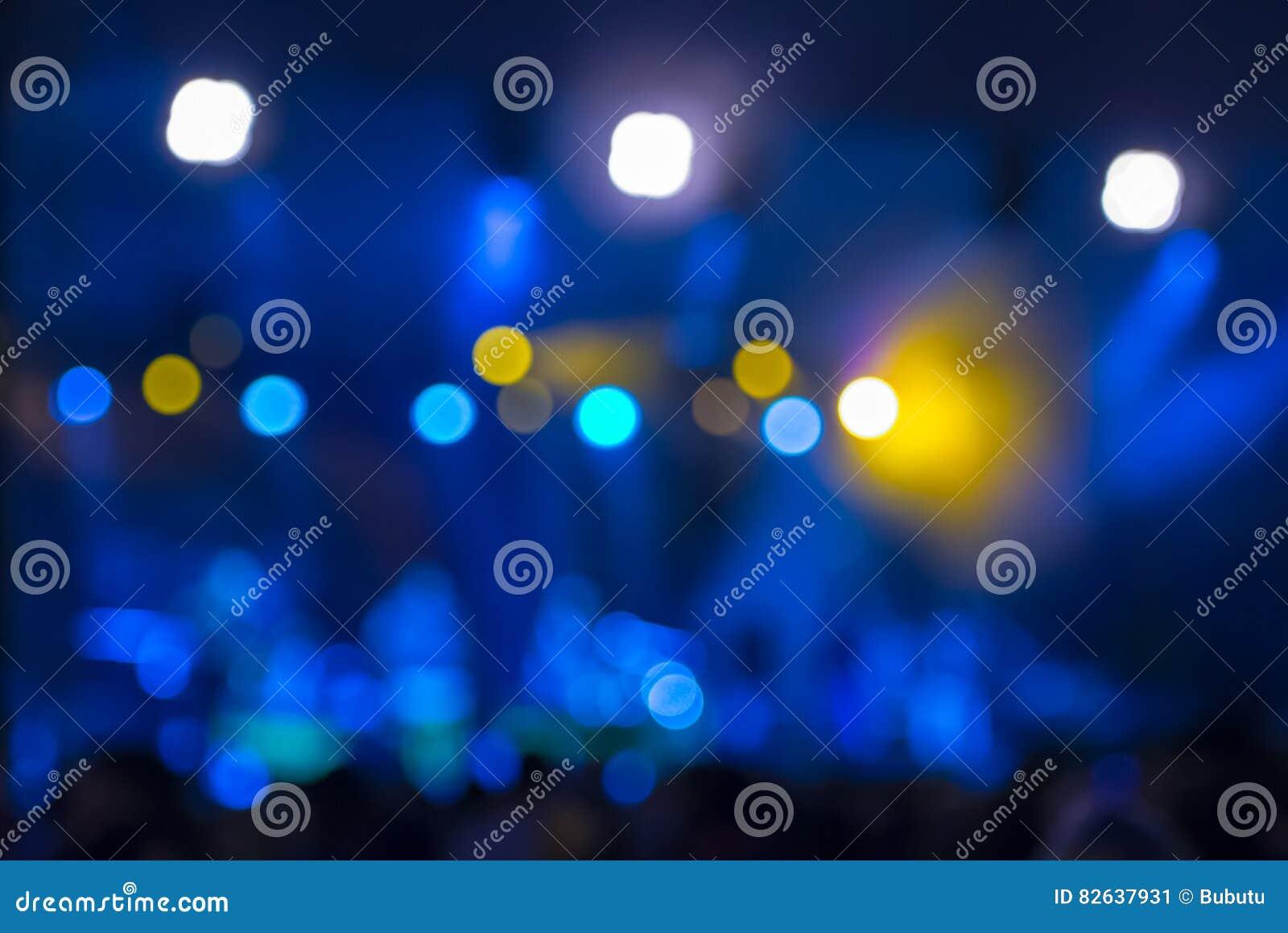 Defocused rozrywka koncerta bokeh oświetlenie na scenie