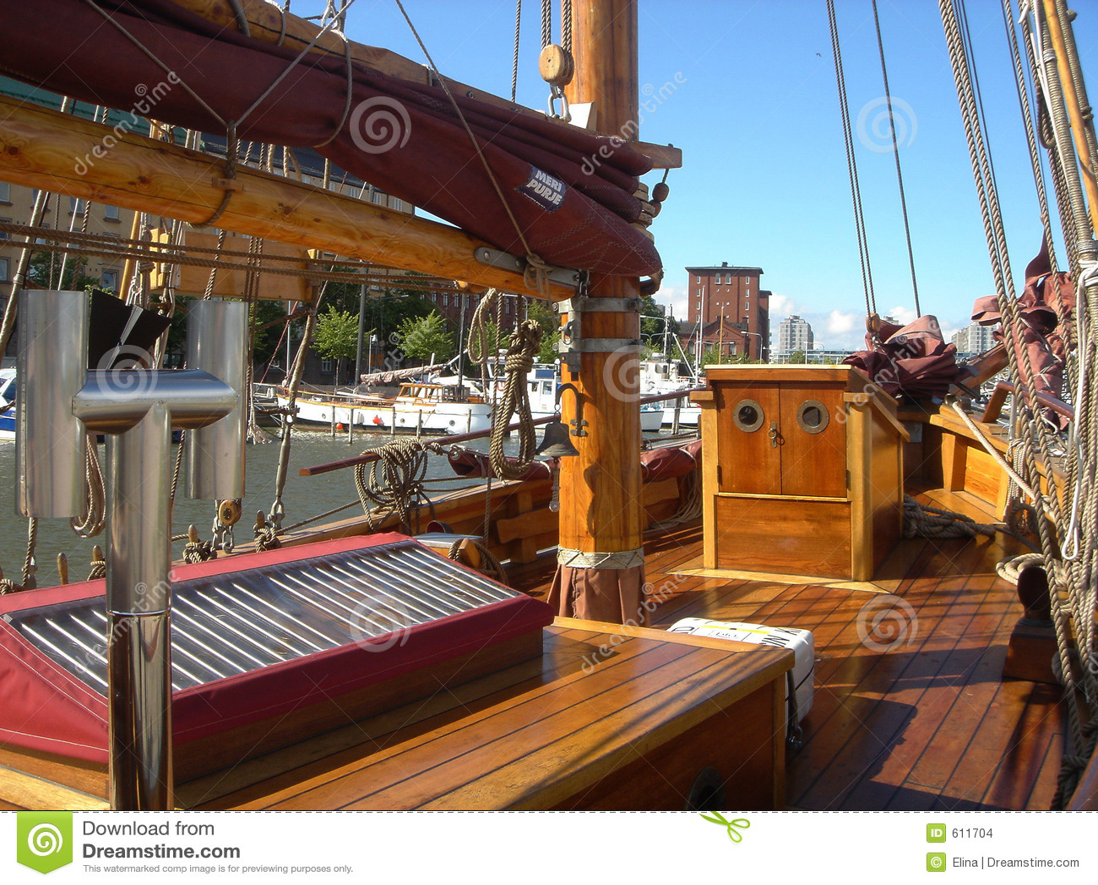 Dek van het oude schip