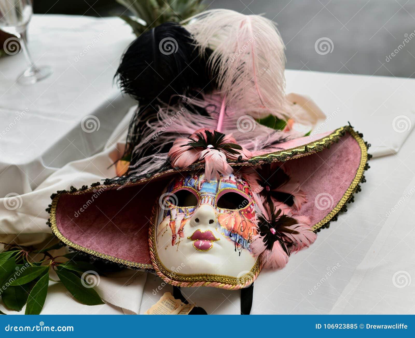 Dekoracyjna Wenecka twarzy maska