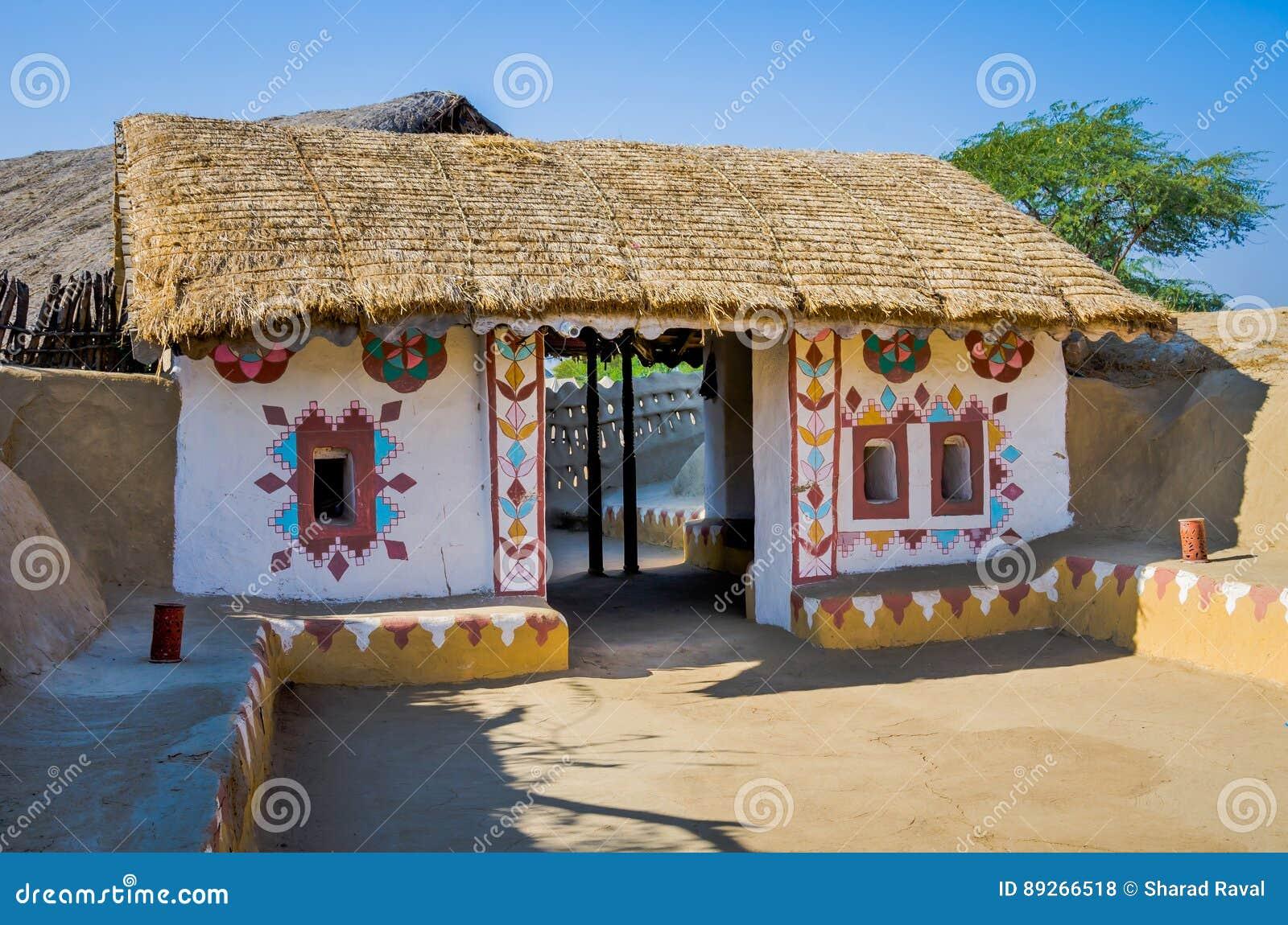Dekoracyjny wejście dom w Kutch, Gujarat, India