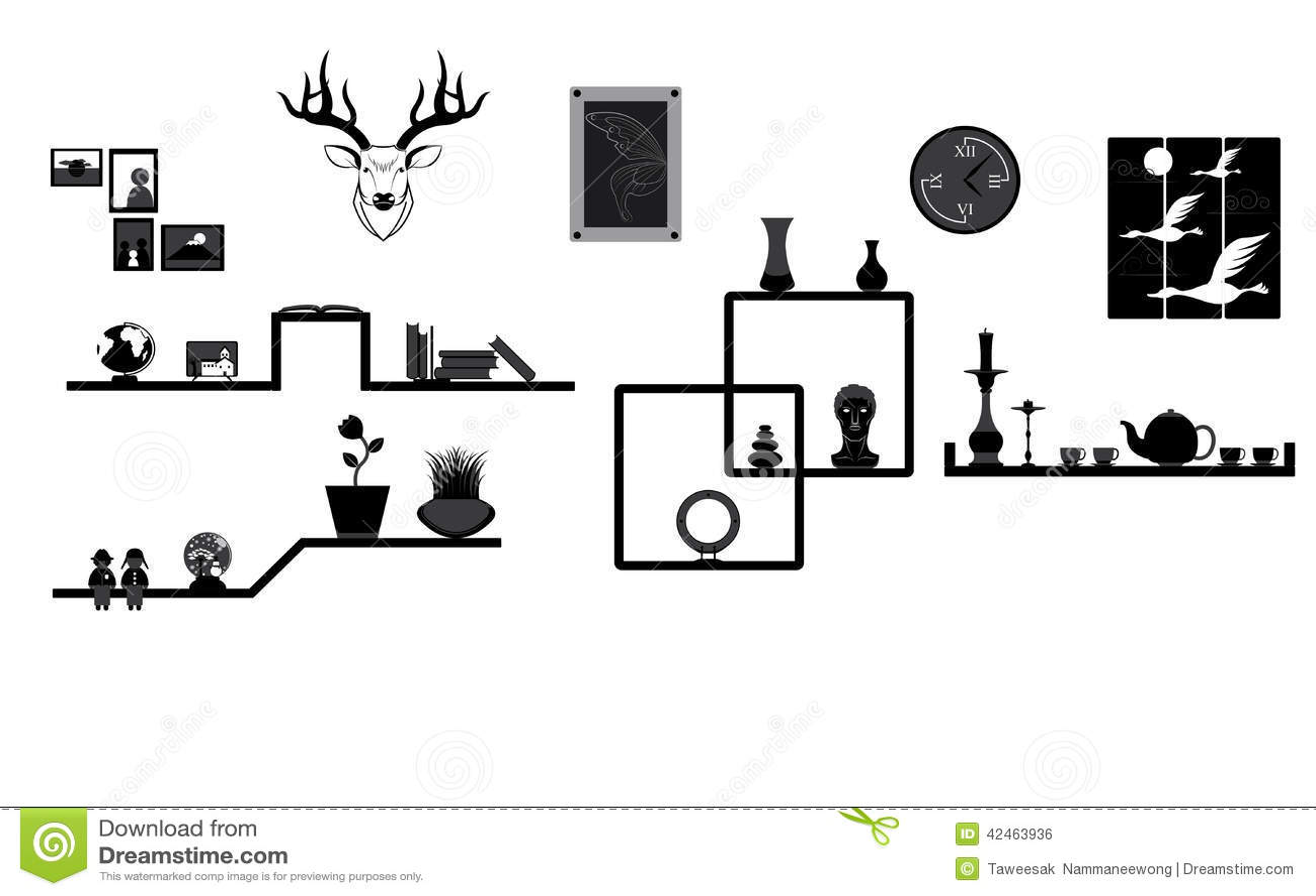 Dekoration auf Regal und Wand