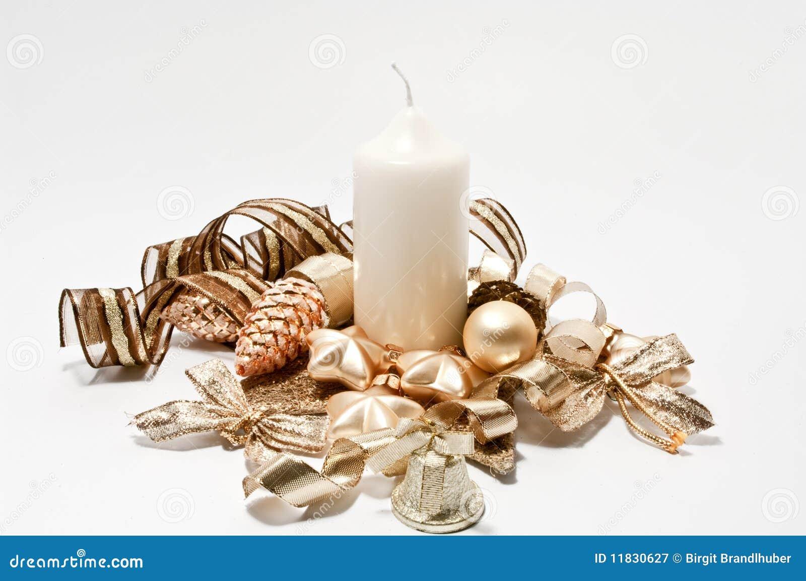 dekoration fr weihnachten im braun und im gold - Bett Dekoration Braun