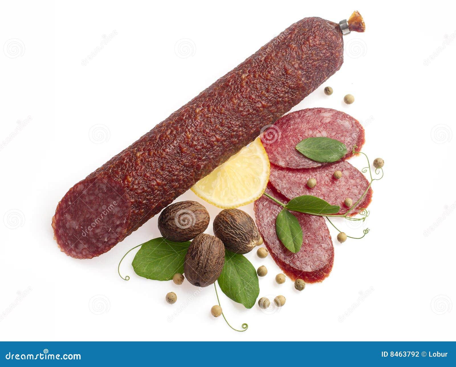 Dekorerade rökta valnötter för citron salami