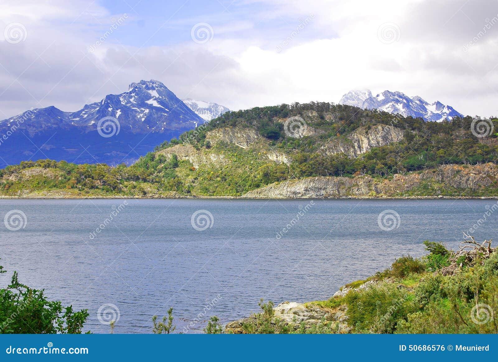 Download Del fuego国家公园tierra 库存照片. 图片 包括有 地产, 飞翅, 额嘴, 阿根廷, 海岛 - 50686576