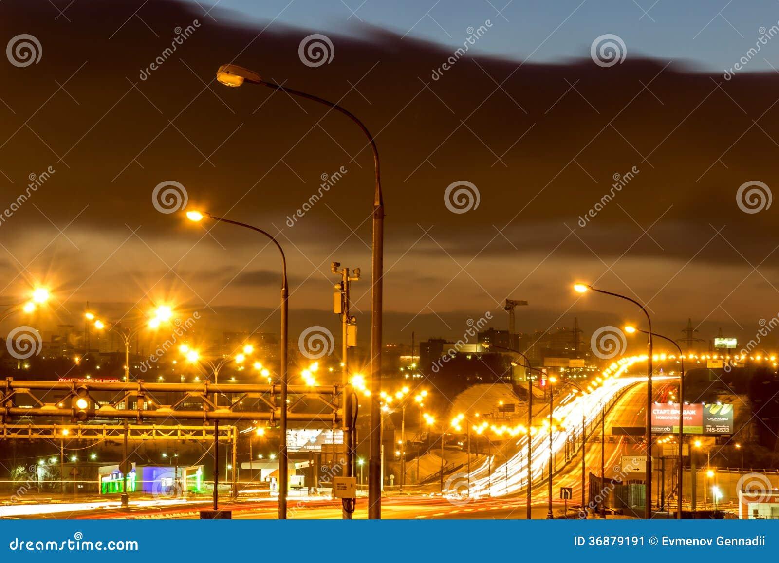 Download Del Raccordo Anulare Di Mosca Alla Notte Fotografia Editoriale - Immagine di mosca, lanterne: 36879191