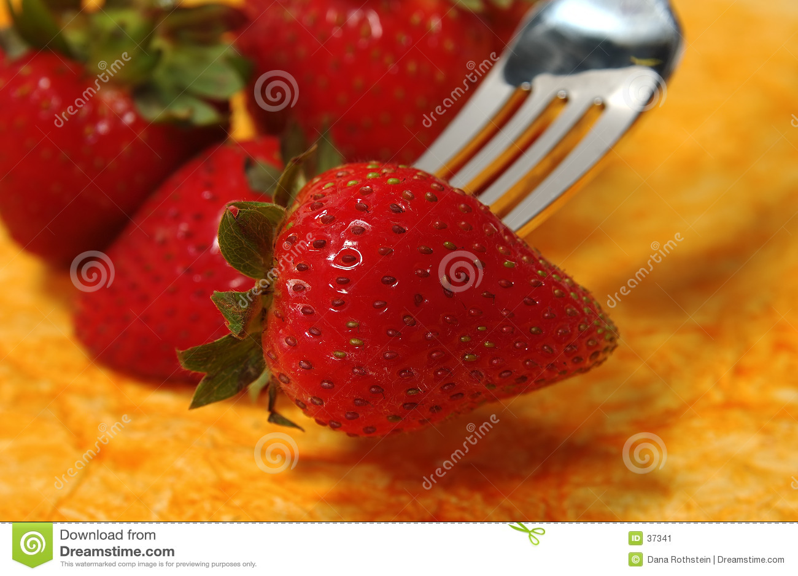 Delad jordgubbe