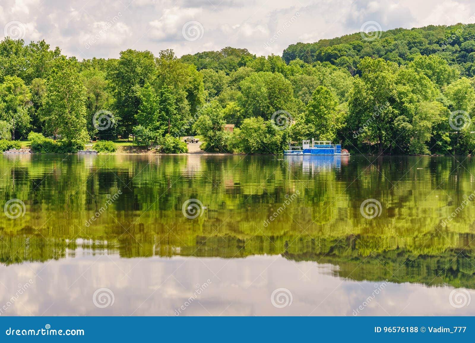 Delaware River am Sommer von der historischen neuen Hoffnung, PA