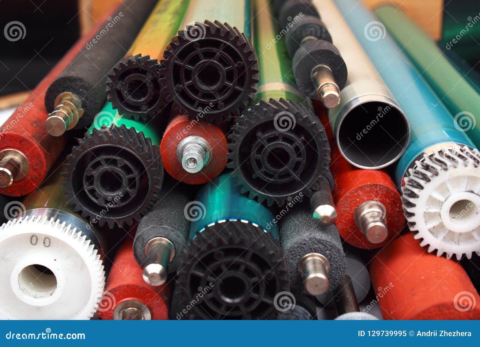 Delen van oude laserprinters Fotogevoelige trommels, rubber en metaalschachten en rollen
