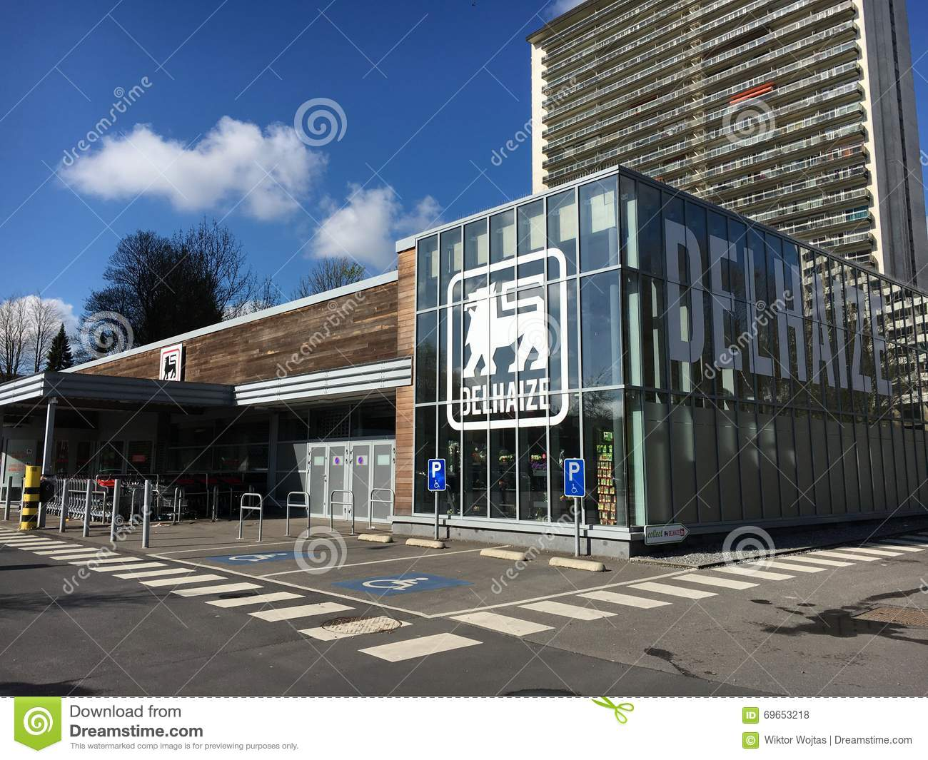 Delhaize supermarket in Brussels, Belgium