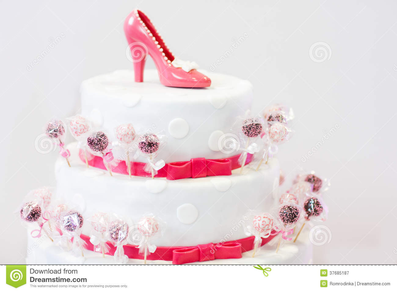 Delicious Beautiful Wedding Cake In White And Red With