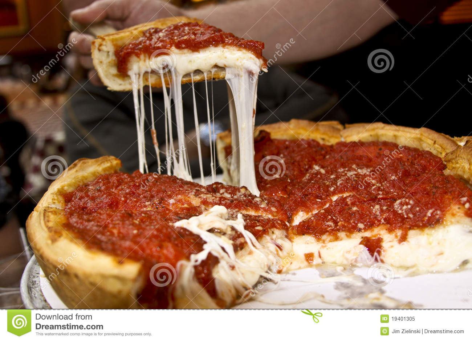 Delicious Chicago Deep Dish Pizza