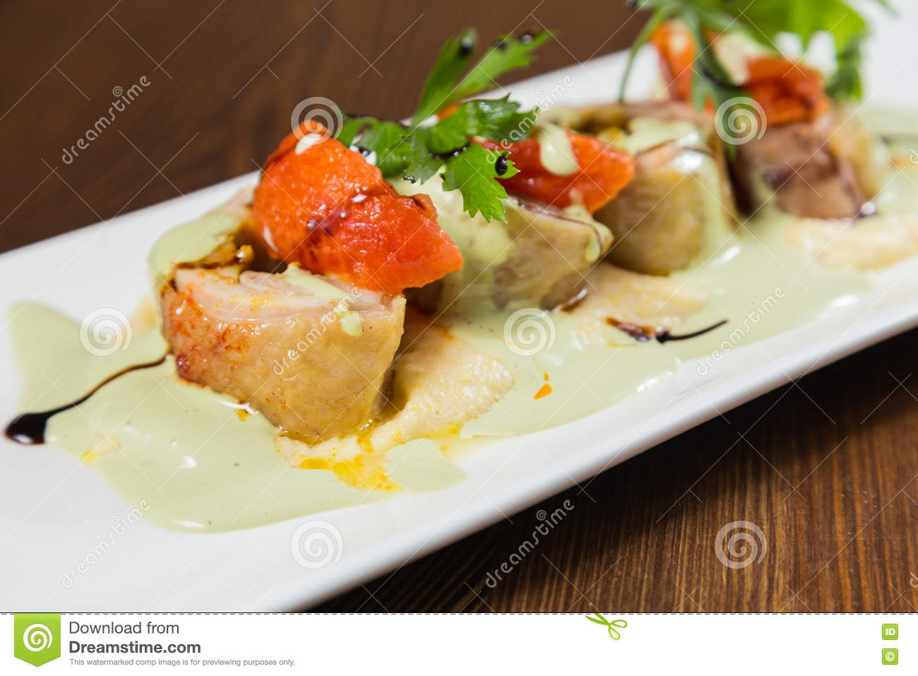 Delicious food in a nice submission on a white plate