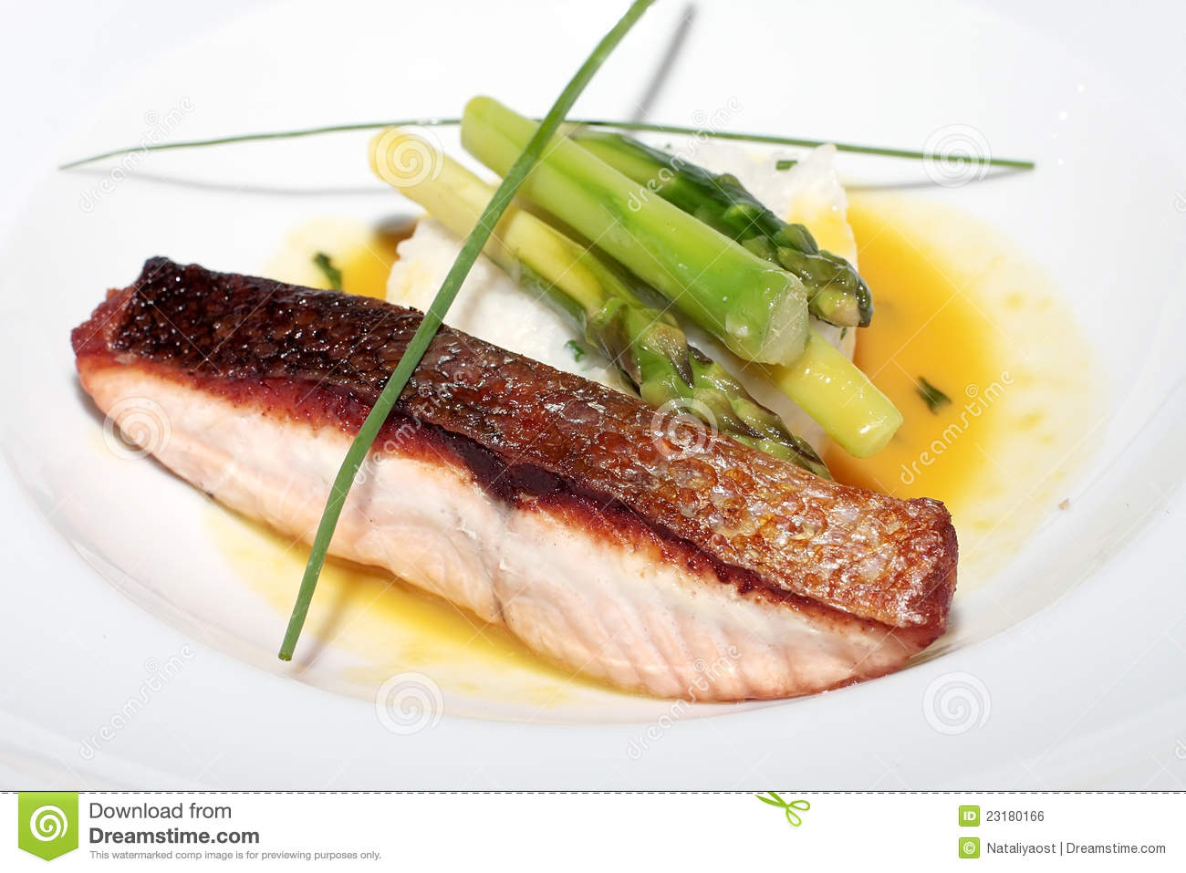 Delightful baked fish with rice and an asparagus royalty for Fish and rice diet
