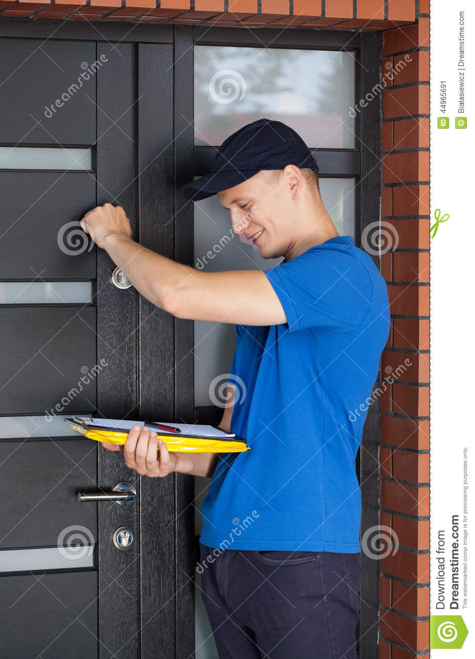 Delivery Guy Knocking On Door Stock Photo 44965691 - Megapixl