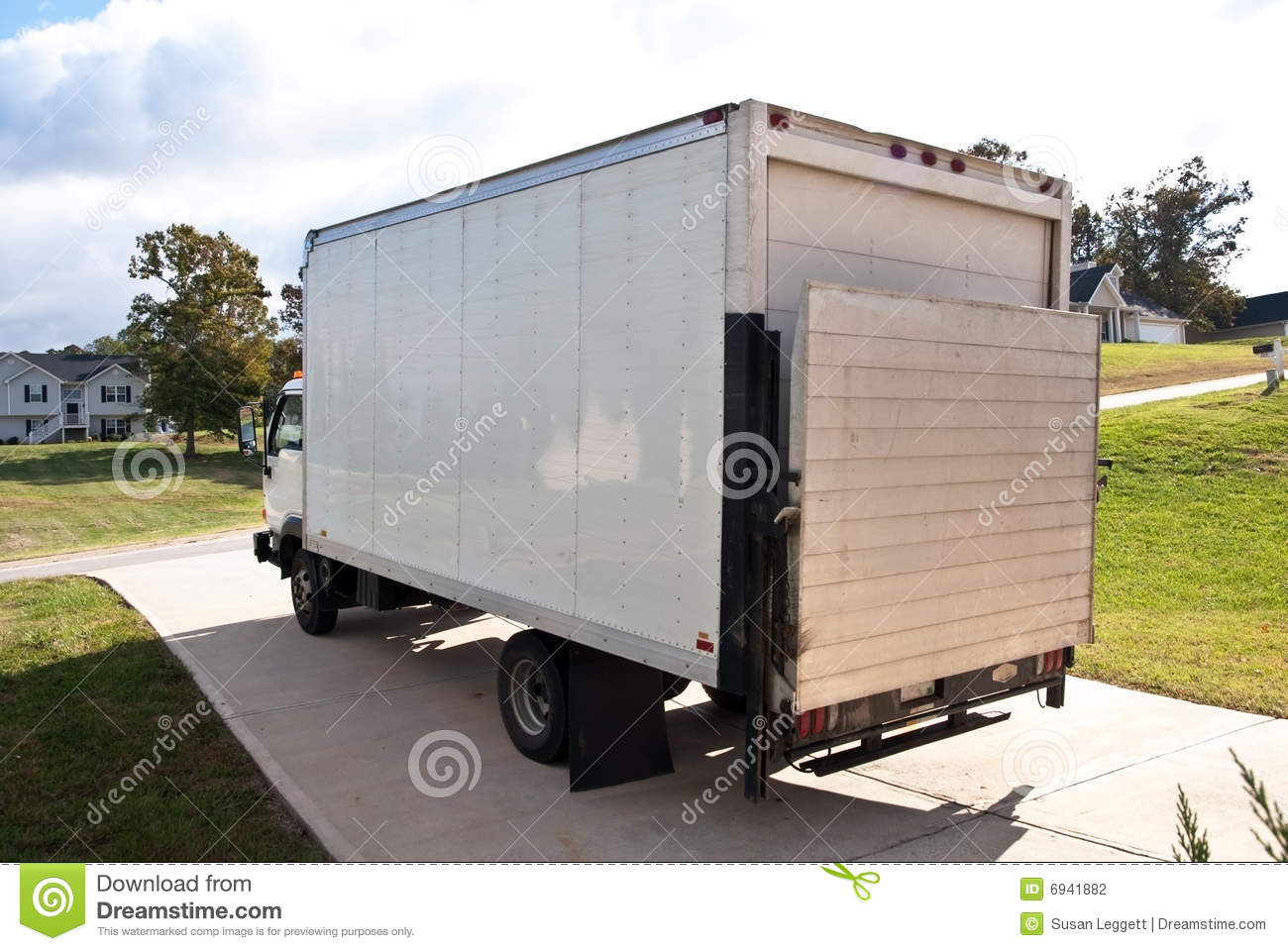 Delivery Truck Driveway Home Stock Photography Image