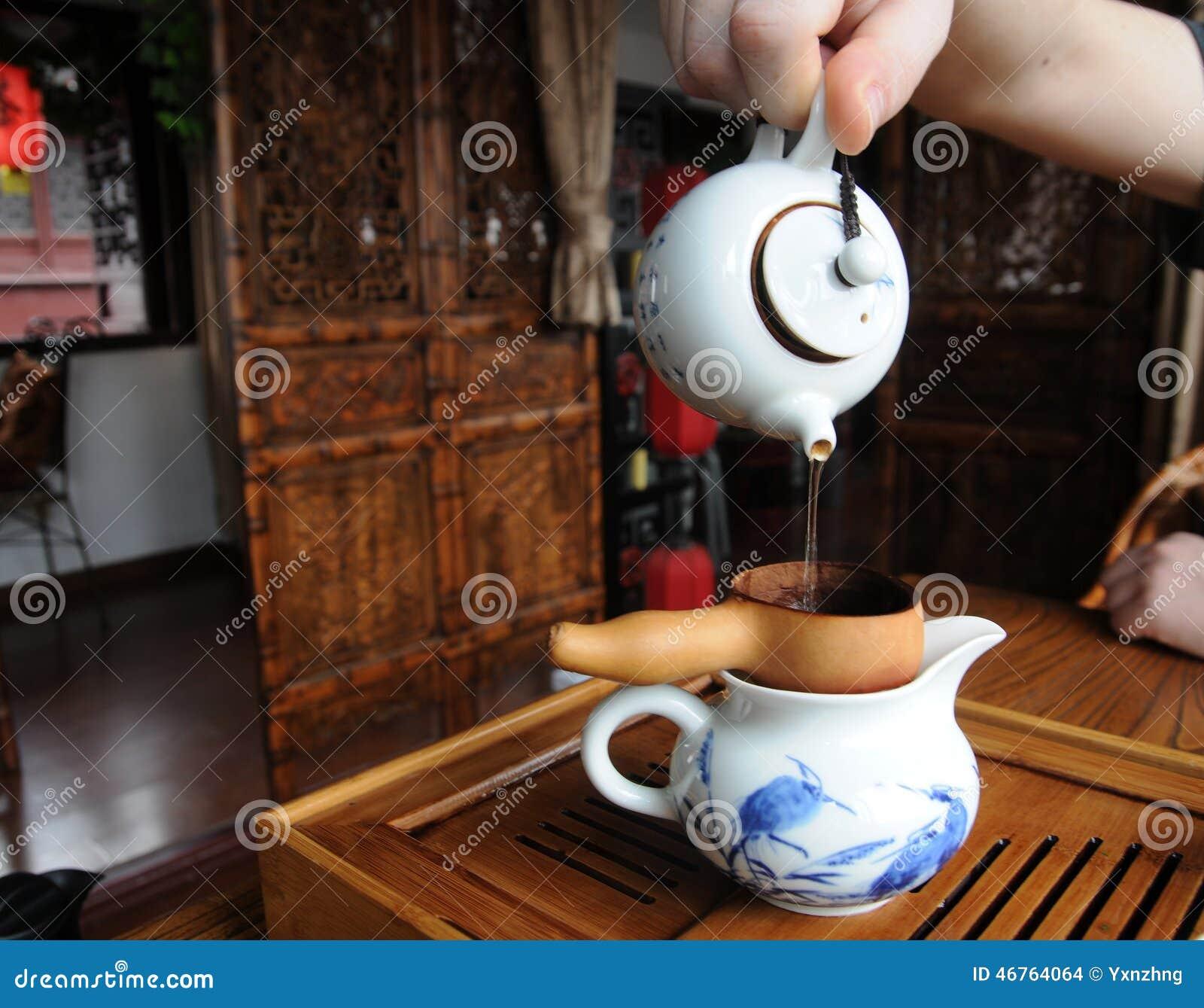 Dell 39 interno di una casa da t cinese fotografia stock for Interno di una casa
