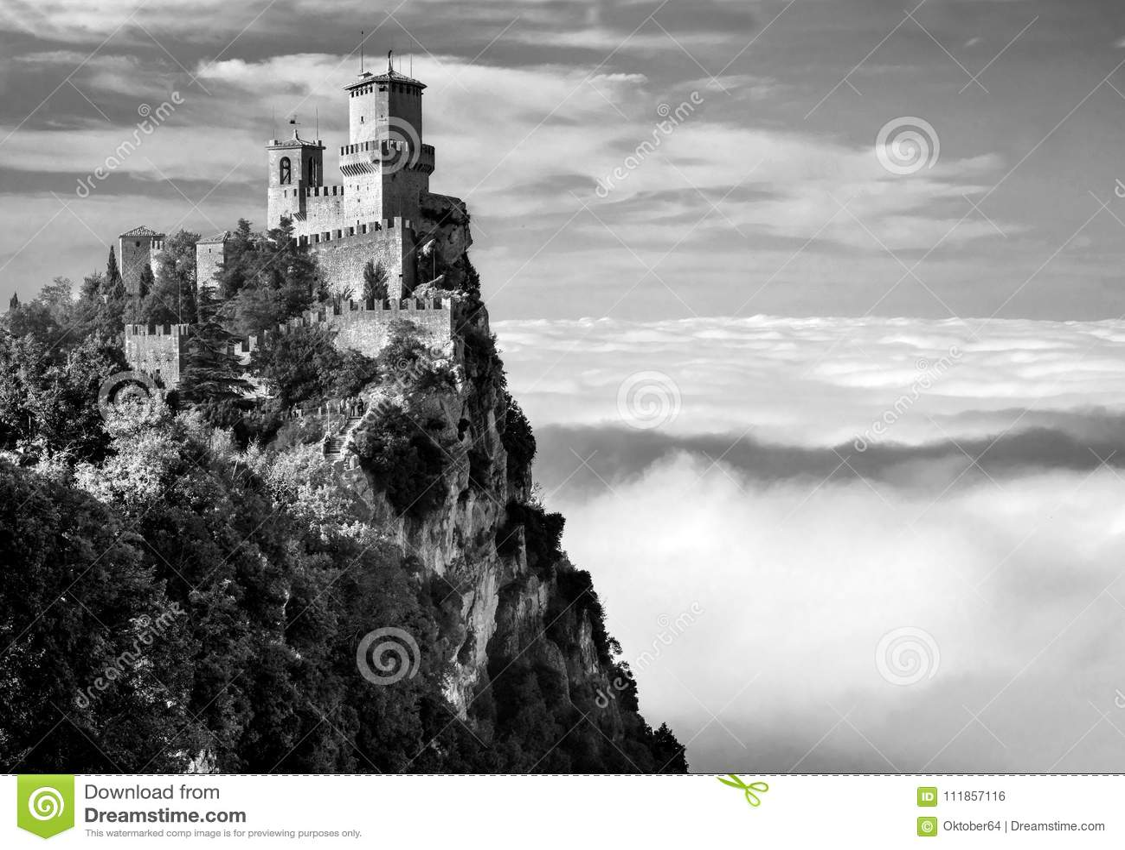 Della Guaita, το αρχαιότερο φρούριο Rocca του Άγιου Μαρίνου, Ιταλία Γραπτή φωτογραφία του Πεκίνου, Κίνα