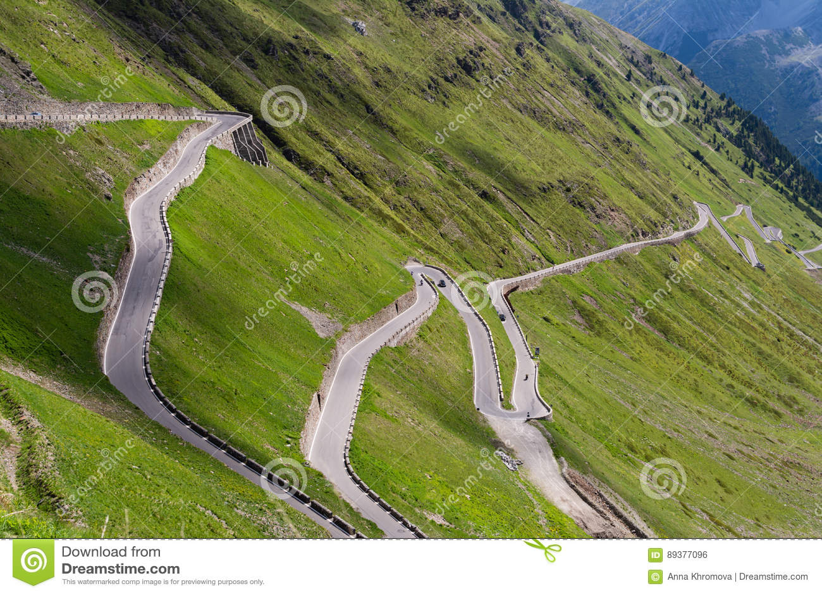 Dello Stelvio οδικού Passo βουνών Άλπεων
