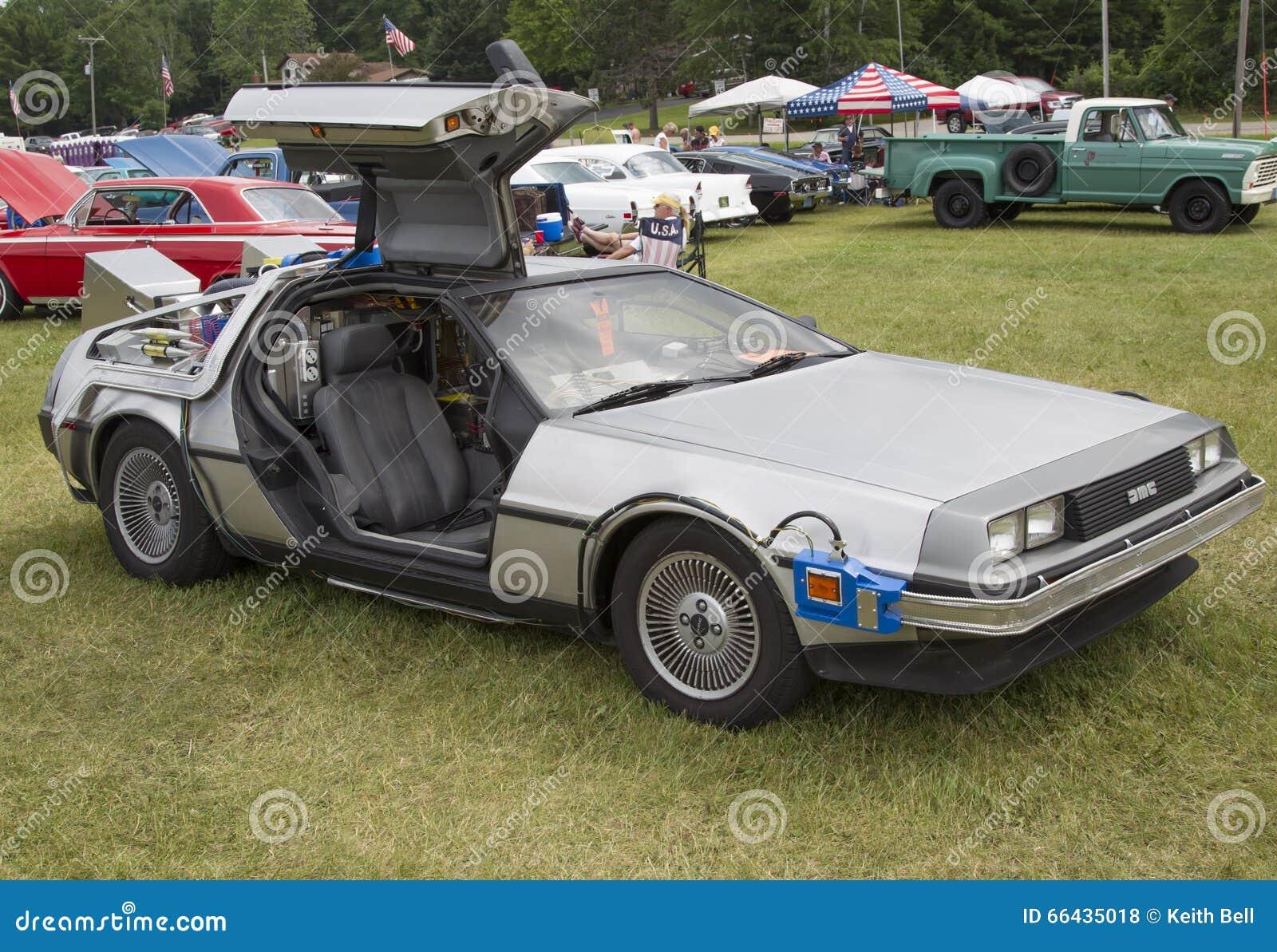 DeLorean DMC-12 Back to the Future Car Model