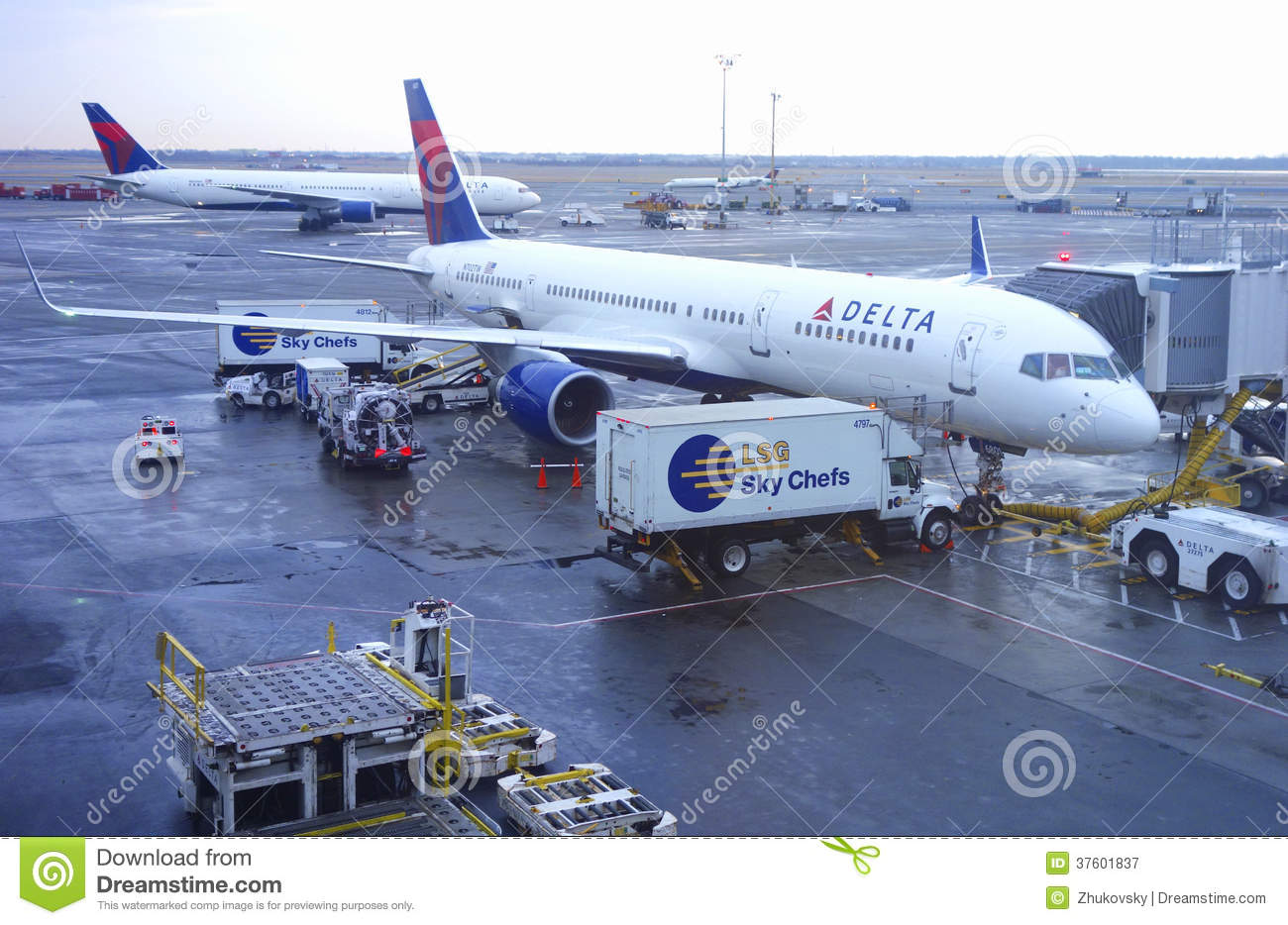 NEW YORK- DECEMBER 30:Delta Boeing 757 aircraft at the gate at John F ...